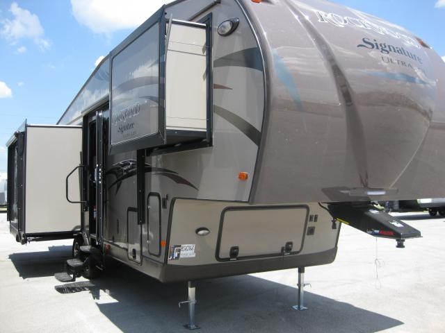 2014 FOREST RIVER ROCKWOOD 8289WS
