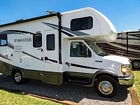 2018 FOREST RIVER FORESTER 2291S