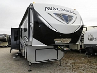 2018 KEYSTONE AVALANCHE 320RS
