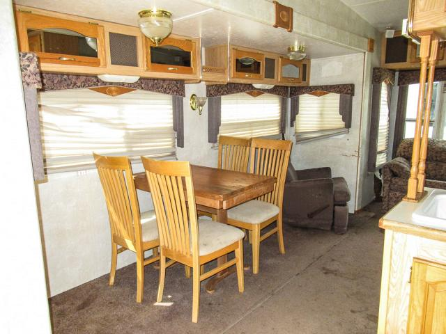 2003 FOREST RIVER CARDINAL 33TS